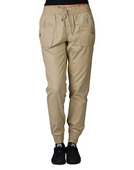 ESSENTIALS STRETCH TWILL JOGGER WITH FRONT POCKETS
