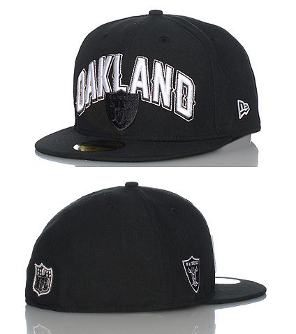 NEW ERA MENS OAKLAND RAIDERS NFL SNAPBACK CAP Black