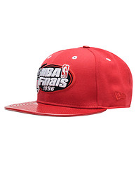 NEW ERA Bulls Patent Leather JJ Exclusive