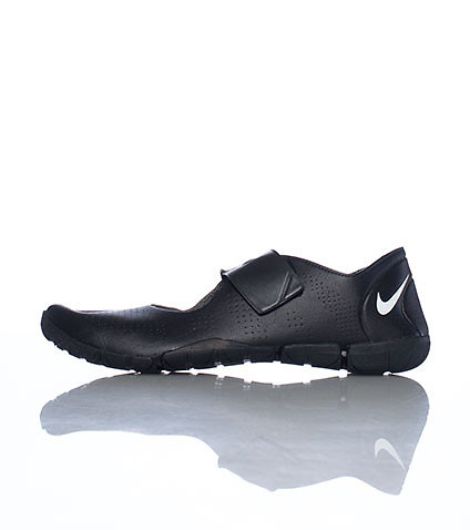 NIKE WOMENS FREE GYM SL SNEAKER Black