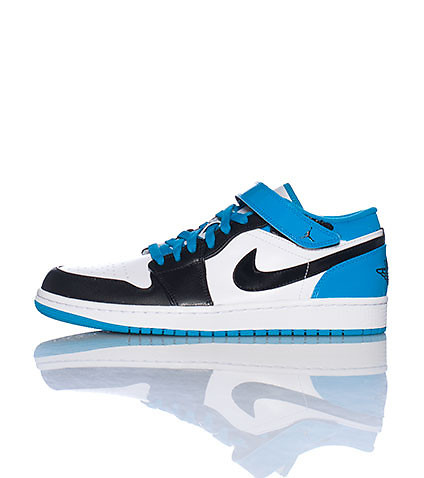 JORDAN MENS 1 STRAP LOW SNEAKER Blue