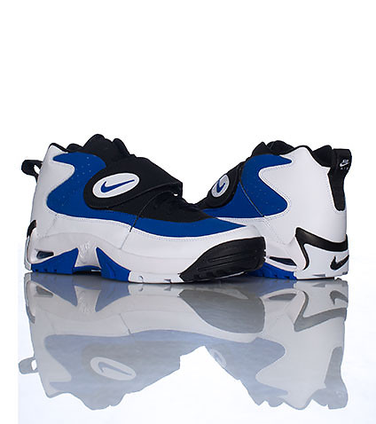 NIKE - Sneakers - AIR MISSION SNEAKER