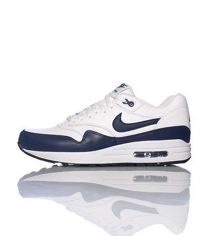 NIKE SPORTSWEAR MENS MAX 1 LEATHER SNEAKER Navy