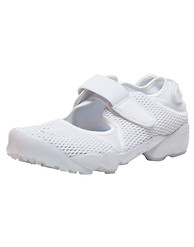 NIKE AIR RIFT BREATHE SNEAKER