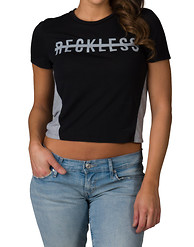 RECKLESS GIRLS STRIKE OUT CROP SS TEE
