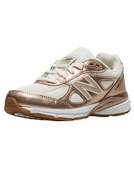 NEW BALANCE The 990 Sneaker