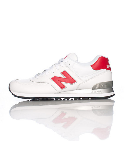NEW BALANCE - Sneakers - 574 CLASSICS SNEAKER